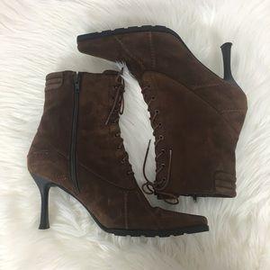 Stuart Weitzman Suede Lace Up Ankle Boots Size 8.5